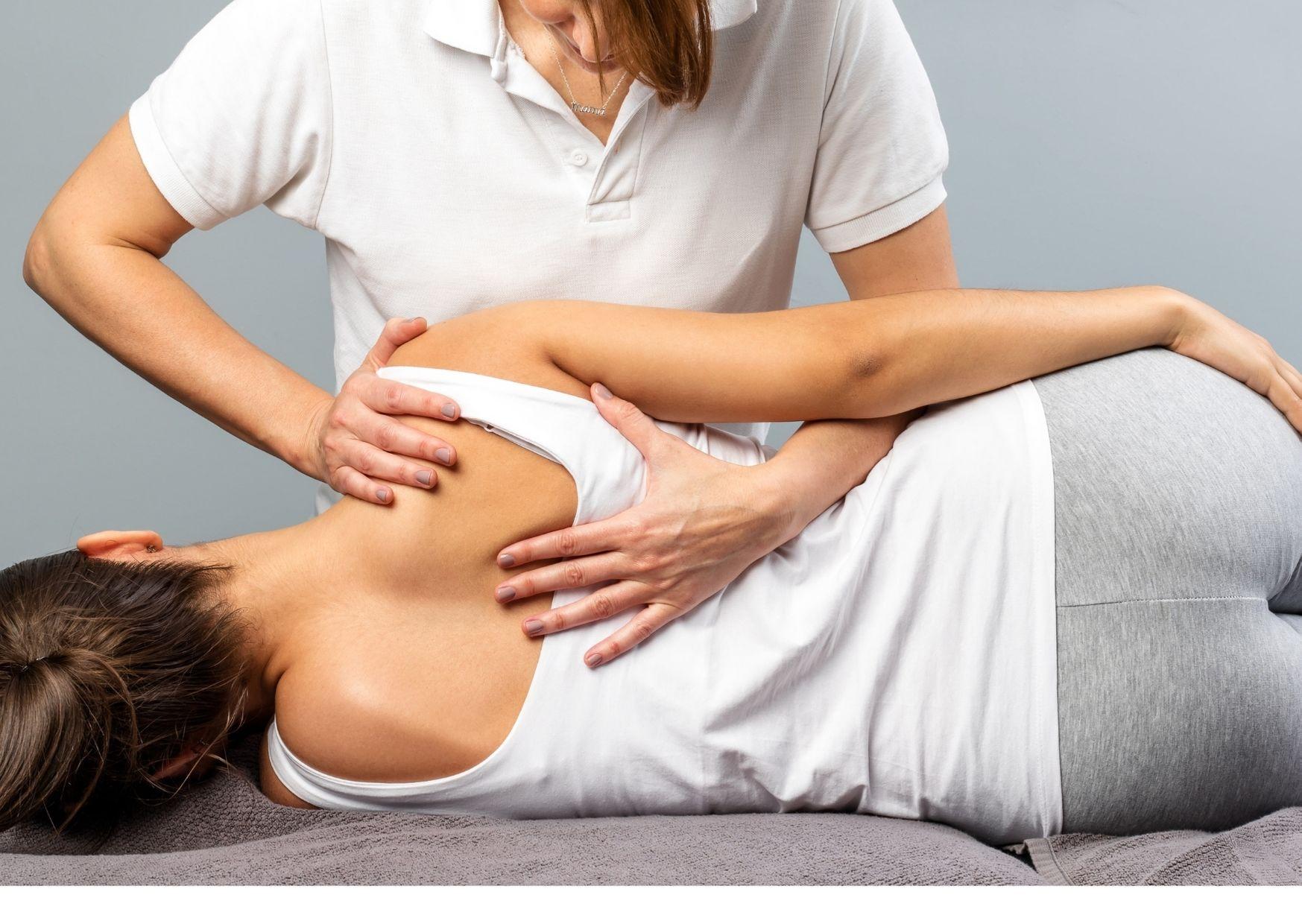 Kropsterapi behandling af skulder, ryg og nakke